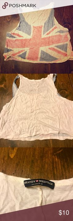 Brandy Melville 🇬🇧 Union Jack 🇬🇧 Crop Top Brandy Melville crop top with British flag 🇬🇧 print on front. Sorry about the wrinkles; has been in storage. Brandy Melville Tops Crop Tops