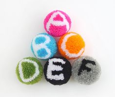 Alphabet pompoms tutorial by Mr.. Printables - Think this is too technical for me but brilliant idea!