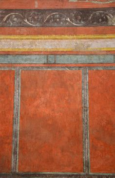 """House of Augustus, north wall of the """"Large oecus"""" with wall painting imitating marble wall-facing, Palatine Hill, Rome 