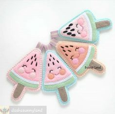 Felt Crafts Diy, Sock Crafts, Felt Diy, Baby Crafts, Handmade Crafts, Sewing Crafts, Sewing Projects, Felt Fruit, Felt Food
