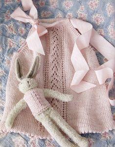 Ravelry: Doll's Halter Top pattern by Stefanie Japel Cardigan Bebe, Baby Cardigan, Knitting For Kids, Baby Knitting Patterns, Fashion Mode, Kids Fashion, Crochet Baby, Knit Crochet, Knit Baby Dress