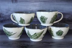 Earthenware Clay, Pretty Green, Green And Grey, Natural Light, Tea Cups, How To Draw Hands, My Etsy Shop, Pottery, Dishes