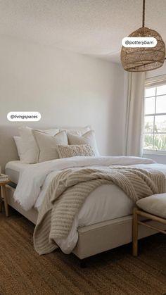 Room Design Bedroom, Room Ideas Bedroom, Home Room Design, Cozy Bedroom, Home Decor Bedroom, Cream Bedroom Decor, Master Bedroom Furniture Ideas, Classy Bedroom Ideas, Adult Bedroom Ideas