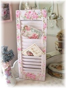 Cute idea to use a shutter as a card/letter/magazine holder and paint it shabby Visit google.co.za