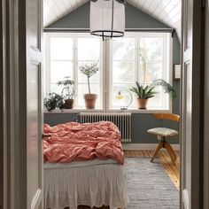 my scandinavian home: pretty bedroom with green walls and apricot linen duvet in The Charming Swedish Home of Plant and Flea Market Enthusiast Malin Brostad. Green Bedroom Walls, Bedroom Wall Colors, Teal Walls, Home Decor Bedroom, Green Walls, Plaid Bedroom, Bedroom Ideas, Bedroom Inspiration, Teal Wall Colors