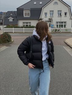Manteau North Face, Retro Outfits, Cute Casual Outfits, Doudoune The North Face, Look Hip Hop, Jugend Mode Outfits, Cooler Look, Winter Fits, Winter Fashion Outfits