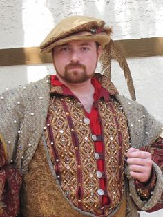 Renaissance fair costume  IMG_4571.jpg Photo:  This Photo was uploaded by mrsmccunn. Find other IMG_4571.jpg pictures and photos or upload your own with Photobucket free image and...