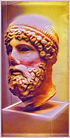 Busto de mármol de Zeus Olímpico. Marble bust of Olympian Zeus
