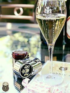 Taste a superb variety of MCC (sparkling wine) at the Villiera Estate White Wine, Red Wine, South African Wine, Sparkling Wine, Tasting Room, Wines, Alcoholic Drinks, Champagne, Bubbles