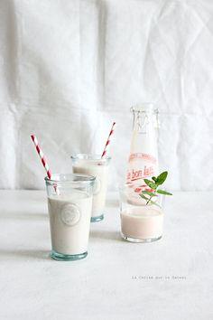 milkshake046 Milkshake au lait d'amande, pêche & fruits rouges