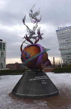 John Lennon Peace Monument at King's Dock (Image: Fourbrick used under a Creative Commons Attribution-ShareAlike license) Liverpool Home, Liverpool England, England And Scotland, England Uk, Cruise Port, Lake District, British Isles, John Lennon, Pilgrimage