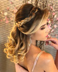 Ideas Hairstyles Party Curls Hair Tutorials For 2019 - Hair Styles Party Hairstyles For Long Hair, Quince Hairstyles, Face Shape Hairstyles, Curled Hairstyles, Braided Hairstyles, Curls For Long Hair, Curls Hair, Hair Curling Tutorial, Pageant Hair