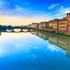 Lorenzo de' Medici — Florence, Italy / The Best Places To Study Abroad