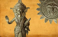 The enchanting Dhokra art have motifs inspired by indigenous folk culture and are characterized by a primitive, instinctive application. Indian Crafts, Indian Art, Tribal Art, Handicraft, Decorative Items, Primitive, Folk, Bengal, Articles