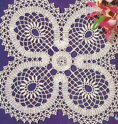 """Patrón #166: Centro de Mesa """"Trébol"""" a Crochet #ctejidas http://blgs.co/Q7T35V"""