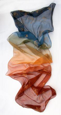 Large à motifs poissons écharpe impression avec un sertis edge écharpe wrap châle sarong
