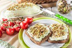 Twarożkowa pasta z awokado i pistacjami. Prosty i smaczny dodatek do chleba!