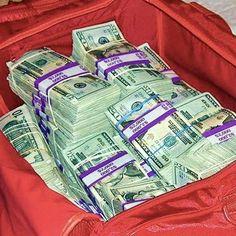valise_magique_qui_multiplie_de_l'argent Mon Téléphone : 00229 98 16 56 89 .