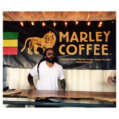 ...meanwhile in #Denver @MaestroMarley drops by before his show tonight  #MarleyCoffee @theherbalcure