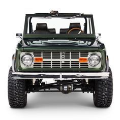 Early mornings, steaming coffee, and heavy fog on the fields. Make that next outing an epic one. Dodge Diesel Trucks, Old Ford Trucks, Chevrolet Trucks, 1957 Chevrolet, 4x4 Trucks, Chevrolet Impala, Lifted Trucks, Classic Bronco, Classic Ford Broncos