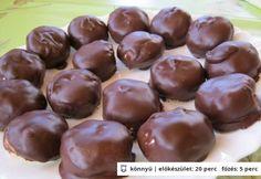 Túró rudi bonbon Raw Food Recipes, Cookie Recipes, Dessert Recipes, Junk Food, Diet Desserts, Mousse, Hungarian Recipes, Eat Dessert First, Healthy Cookies