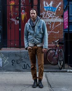 """We like this look because it's effortless yet stylish and with and edge. The denim jacket it's a must have in your wardrobe and the color pants are """"in"""" this season! #guyspy #menswear #fashion"""
