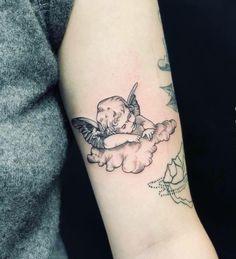 Fine line cherub made at Paper Moon Tattoo Company - tattoos - # at . - Fine line cherub made at Paper Moon Tattoo Company – tattoos – … – - Wörter Tattoos, Dainty Tattoos, Pretty Tattoos, Body Art Tattoos, Small Tattoos, Sleeve Tattoos, Cool Tattoos, Fine Line Tattoos, Feminine Arm Tattoos