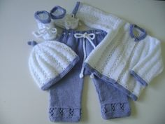 Baby  Clothing,  Newborn Girl  Set,   Take Home Outfit, Knit   Baby Girls  Suit.   Newborn  Ensemble. 0 to 3 Months