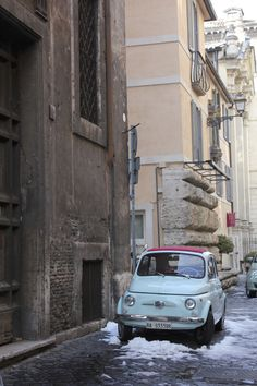 Rome in the snow, Fiat 500, February 2013