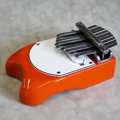 Electric thumb piano!