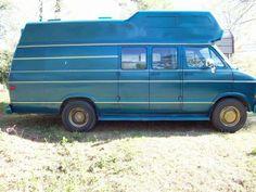 Dodge Camper Van | http://www.thecanadianwheels.ca/