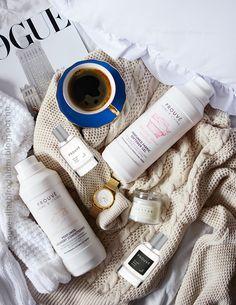 Abban biztosan egyetértünk, hogy az ideális parfümöknek és kozmetikumoknak több kritériumnak kell megfelelniük. Először is ne okozzanak irritációt, legyenek hatékonyak és legyen kellemes a szaglásnak.  A PROUVÉ parfümök és otthonápolási kozmetikumok (melyek ugyan azt a Francia aromaolajat tartalmazzák, amiket a parfümök) is megtestesítik ezeket az elvárásokat.