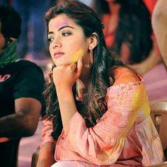 Stylish Girl Images, Stylish Girl Pic, Beautiful Girl Photo, Beautiful Girl Indian, Prettiest Actresses, Beautiful Actresses, Cute Celebrities, Bollywood Celebrities, Most Beautiful Bollywood Actress
