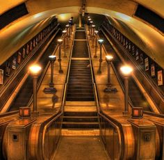 Southgate Tube Station Art Deco glory (Via The Vintage Guide to London)