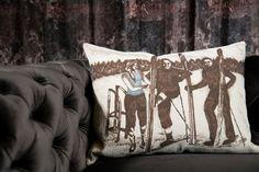 Schon vorab in Skistimmung kommen.  Fotocredits: FINE Lounge, Chenille, Cushions, Throw Pillows, Design, Style, Pillow Fight, Asylum, Home Decor Accessories