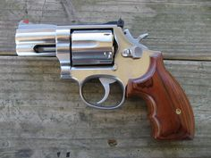 S&W 686 (.357) - Need Some Reviews - The Firing Line Forums Smith And Wesson Revolvers, Smith N Wesson, 357 Magnum, Weapons Guns, Guns And Ammo, Zombie Weapons, Rifles, Armas Ninja, Home Protection