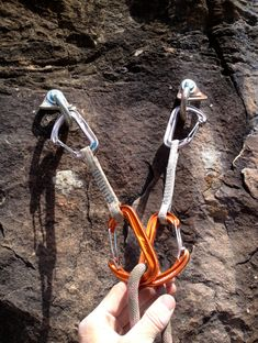 Climbing-Terms-Equalized-and-Opposite-Anchor