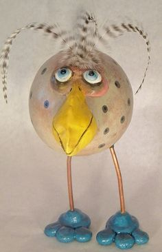 Paper Mache Crafts, Bird Crafts, Fancy Chickens, Clay Birds, Chicken Art, Painted Gourds, Funny Birds, Ceramic Animals, Fabric Birds
