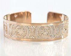 Rose gold bracelet, rose gold bangle, dots bracelet, dainty rose gold bracelet, delicate rose gold bracelet, thin rose gold cuff