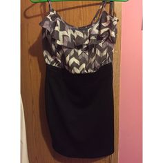 Forever 21 purple pattern dress Worn once! Dress is made to be tight at the bottom. In great condition. Size medium but fits like a small. Adjustable straps. Forever 21 Dresses Mini