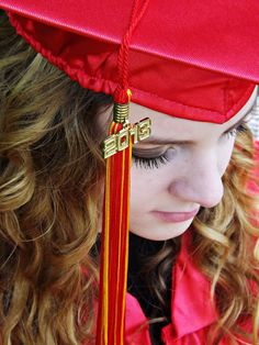 Cap and gown shot. Pretty angle with the tassle and all.