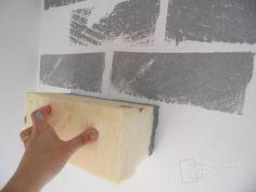 Decorar una pared pintando ladrillos