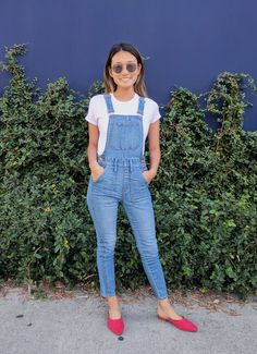White t-shirt, overalls, and red slides for a casual but chic look!
