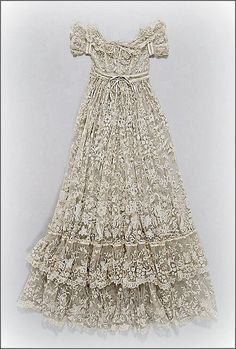 French lace christening robe, ca. 1860-80 ... photo courtesy the Metropolitian Museum of Art costume collection