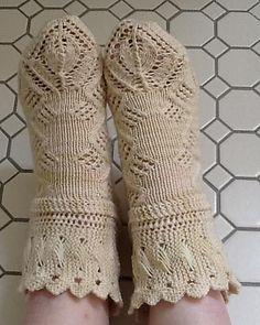 Ravelry: debbaworks' Steampunk Ada Lovelace. Hand knit socks