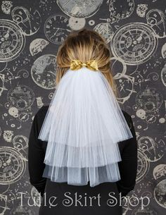 Bachelorette Party Veil, Hen Party Veil, Bridal Shower Veil - White Tulle Veil with Bow