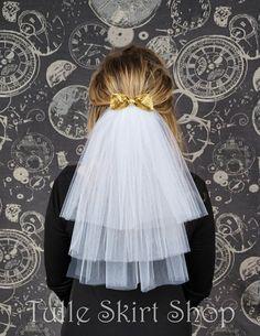 Bachelorette Party Veil, Hen Party Veil, Bridal Shower Veil - White Tulle Veil with Bow