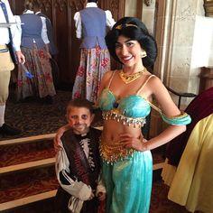 Jack looks a little too excited to be all hugged up on Jasmine. #DisneyWorld #CinderellasCastle #jasmine #gallowaysontour #cinderellasroyaltable by noahgallowayathlete