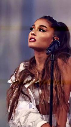Ariana Grande Outfits, Ariana Grande Photoshoot, Ariana Grande Pictures, Ariana Grande Background, Ariana Grande Wallpaper, Ariana Grande Poster, Sofia Carson, Nicki Minaj, John Maxwell