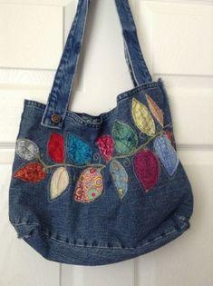Jeans Recycling Jean Purses Purses And Bags Denim Crafts Bolsas Jeans Denim Ideas Handmade Purses Boho Bags Denim Bag Jean Purses, Purses And Bags, Denim Purse, Denim Crafts, Patchwork Bags, Patchwork Quilting, Quilted Bag, Recycled Denim, Fabric Bags